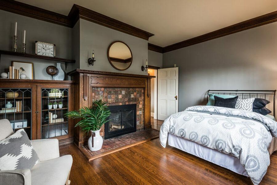 Belmont Mansion Bedroom
