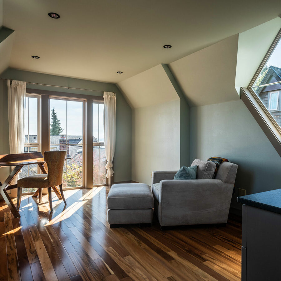 West Seattle Custom Guest House Interior