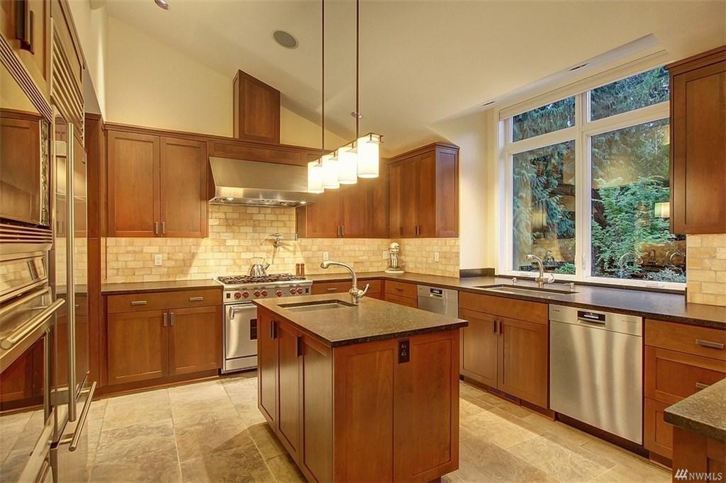 RedmondCraftsman-kitchen