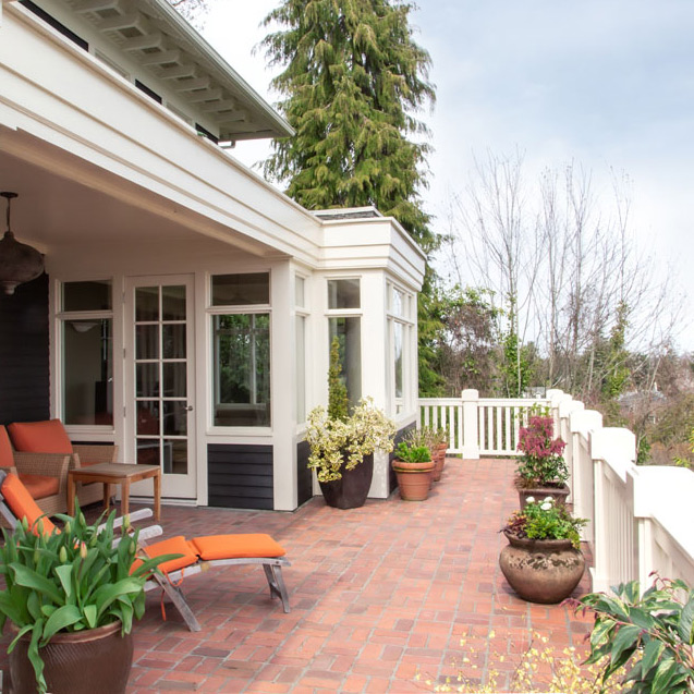 Madrona-Colonial-Back-Deck-Full-sq