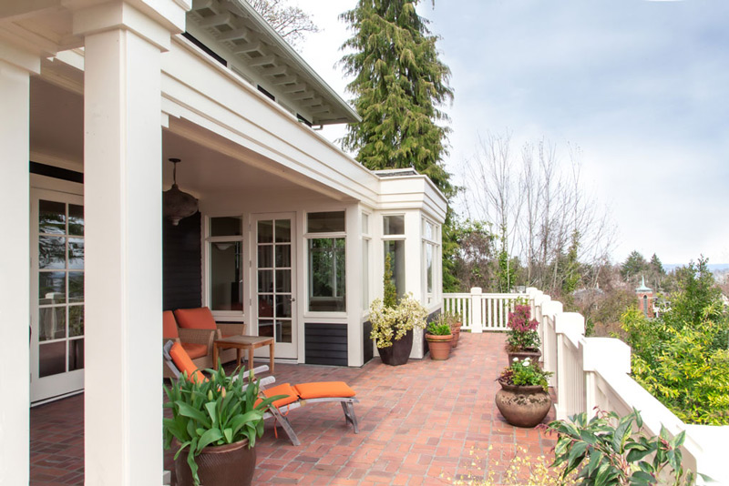 Madrona-Colonial-Back-Deck-Full