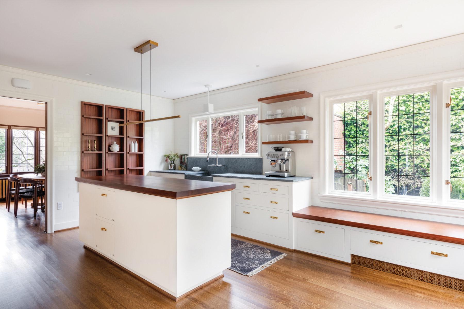 701-35th-kitchen-main